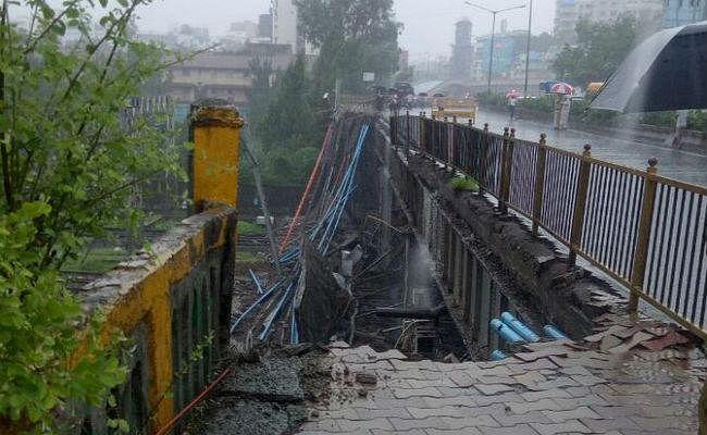मुंबई फुटओवर ब्रिज : पश्चिमी रेलवे ने बहाल की रेल सेवा