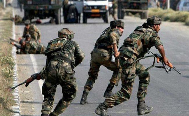 Terrorist Attack : जम्मू-कश्मीर के अनंतनाग में CRPF पर आतंकी हमला, एक जवान शहीद, दो घायल, एक बच्चे की भी हुई मौत