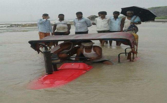 उत्तर बिहार के कई गांव कोसी के निशाने पर, लगातार जारी है कटाव