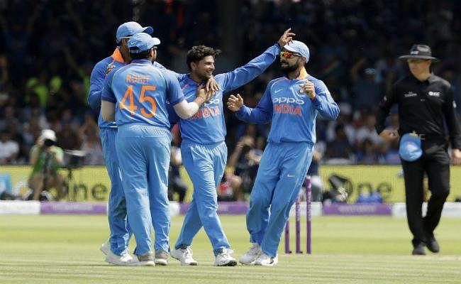 INDvsENG : इंग्लैड ने भारत को 8 विकेट से हराया, 2-1 से वनडे शृंखला पर कब्जा