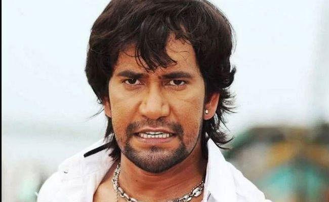 भोजपुरी अभिनेता निरहुआ पर पत्रकार को धमकाने का आरोप, शिकायत दर्ज