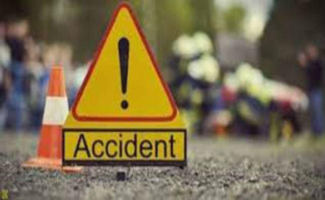 दफ्तर के लिए निकले कृषि फार्म मैनेजर की सड़क हादसे में मौत, पटना में डिवाइडर से कार टकराने पर हुआ हादसा
