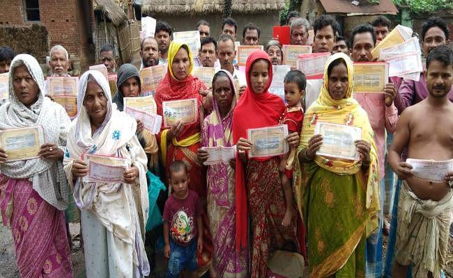 संताल परगना : ननबैंकिंग के खेल में 250 ग्रामीणों के डूबे चार करोड़, रोज वैली ने लगाया चूना