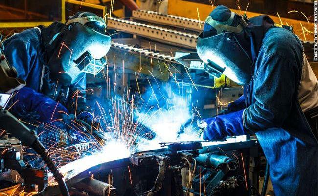 PMI : जुलाई महीने में विनिर्माण क्षेत्र की वृद्धि दर में नरमी