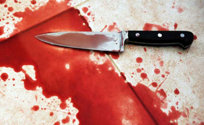 11वीं का छात्र जूनियर को करता था तंग, गुस्से में जूनियर ने चाकू से किये कई वार