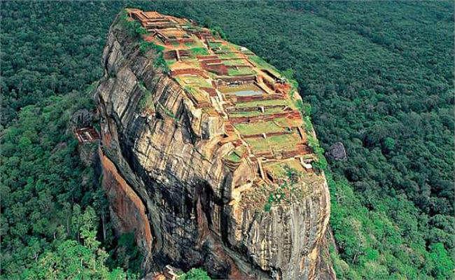 श्रीलंका जाने वाले भारतीय टूरिस्टों को अब नहीं पड़ेगी वीजा की जरूरत