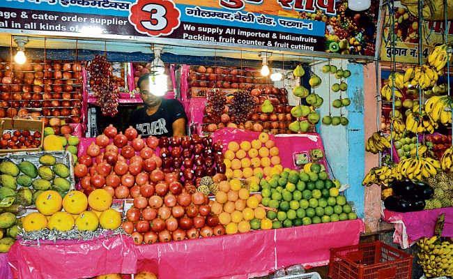 पटना : प्रतिबंधित चाइनीज केमिकल से ट्रक में रखे-रखे ही पकाये जा रहे हैं फल