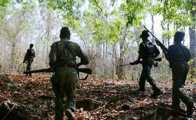 झारखंड में पुलिस-नक्सली मुठभेड़, गोलीबारी में पुलिस को भारी पड़ता देख भागे टीपीसी उग्रवादी, सर्च अभियान जारी