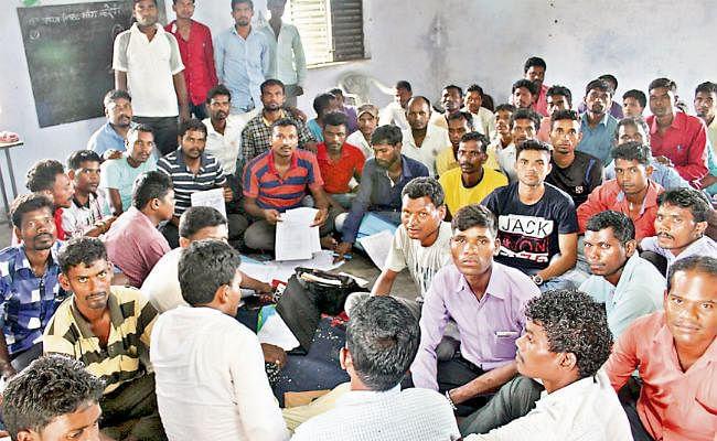 लातेहार : 88 सैन्य प्रशिक्षित आदिवासी युवकों ने दी चेतावनी, सीआरपीएफ में नौकरी नहीं मिली, तो बनेंगे माओवादी
