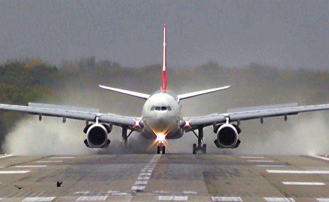 पटना से सूरत के बीच शुरू हुई सीधी हवाई सेवा, मौसम के कारण देर से उड़े तीन विमान