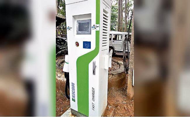 रांची : एग्रीमेंट नहीं होने से 12 से शुरू होगी ई-कार सेवा, चार्जिंग स्टेशन बने