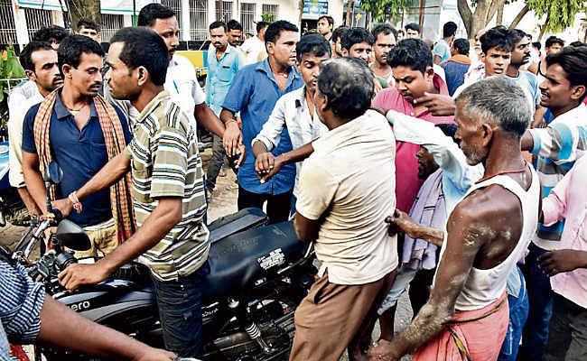 हाजीपुर : खुदाई के दौरान दीवार गिरी, मजदूर मरा