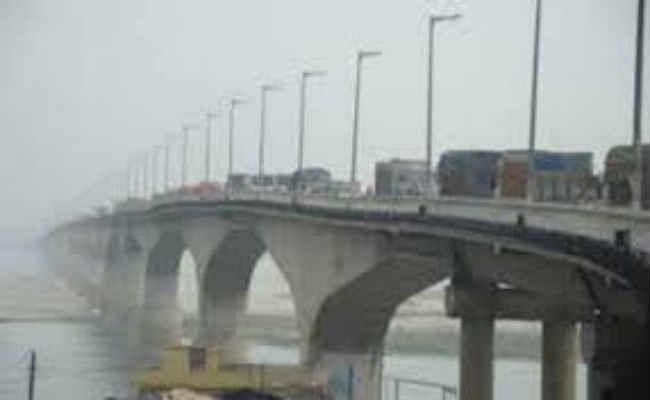 पुल मरम्मत के दौरान पीपा पुल व स्टीमर की नहीं होगी व्यवस्था