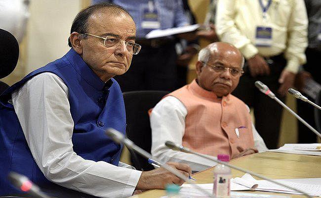 वित्त मंत्री अरुण जेटली का निर्देश : बैंकों से धोखाधड़ी करने वालों और डिफॉल्टरों के खिलाफ सख्त कदम उठायें बैंक