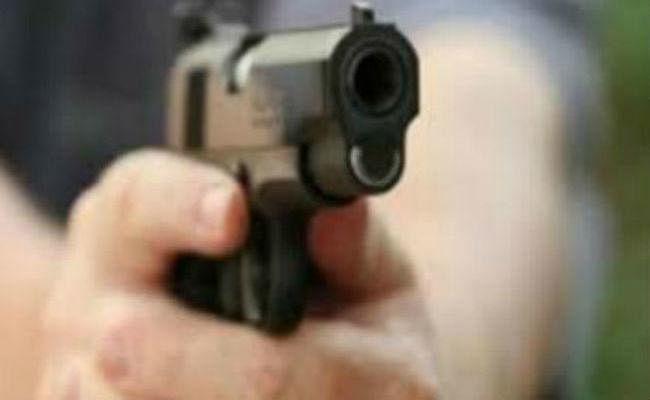 बालू माफियाओं ने पुलिस पर किया हमला, छीना राइफल, की फायरिंग