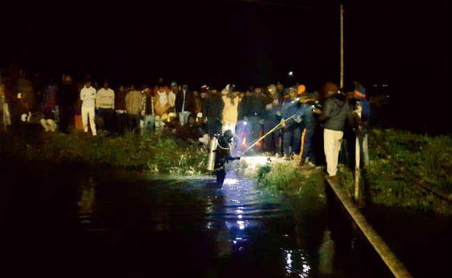पटना  :  नहर में गिरा पांच साल का बच्चा, लापता