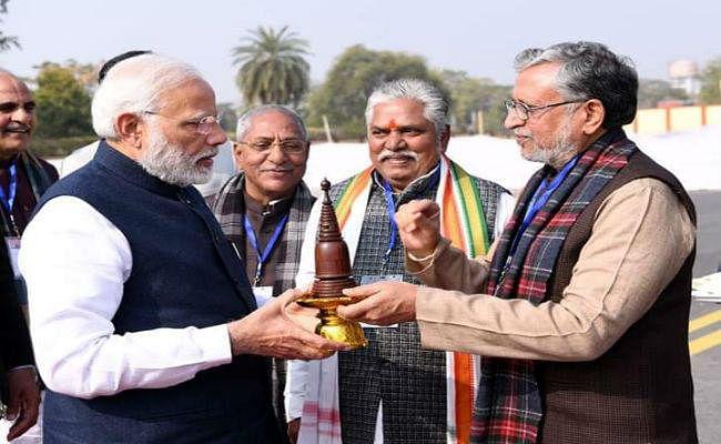 सुशील मोदी ने एनडीए की प्रस्तावित रैली के लिए PM को दिया न्योता