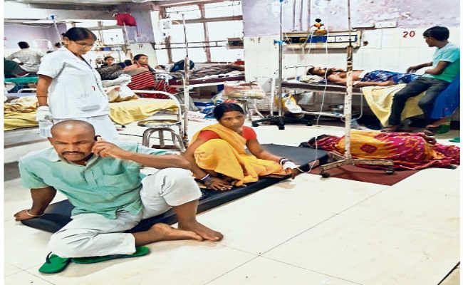 डॉक्टरों की कमी से जूझ रहे सरकारी अस्पताल
