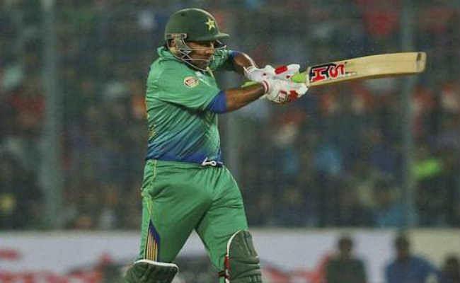 पाक क्रिकेटर सरफराज अहमद ने की दक्षिण अफ्रीकी खिलाड़ी पर नस्ली टिप्पणी, गिर सकती है गाज