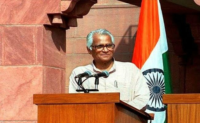पीएम मोदी और राहुल गांधी ने जताया शोक, कहा स्पष्टवादी एवं निडर नेता थे
