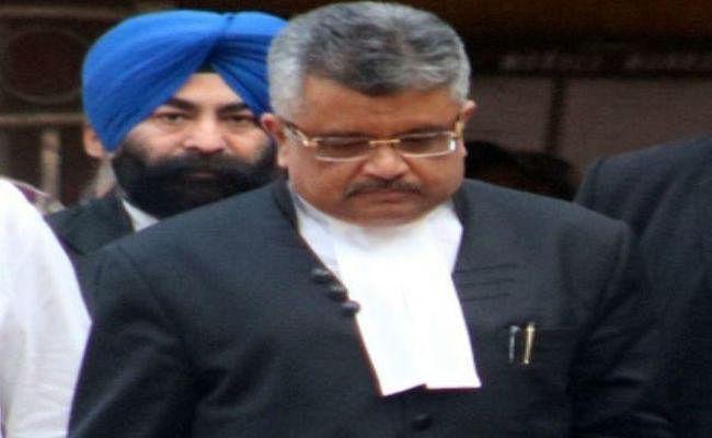 PM की डिग्री देखने का मामला : DU ने कहा - मजाक बनकर रह गया है RTI कानून