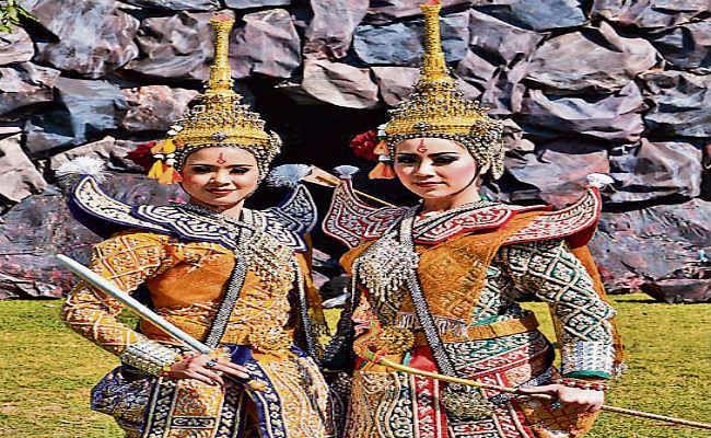 सगुण तुलसी के भी राम हैं, निर्गुण कबीर के भी राम