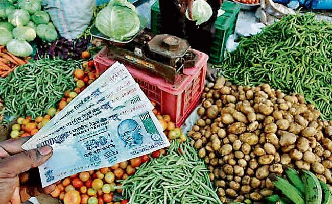 रांची : हरी सब्जियां थाली से हुईं गायब छूटने लगा है आलू का भी सहारा