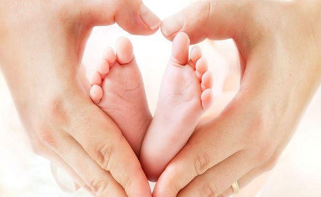 गर्भवती महिला का पुलिस एवं सामाजिक लोगों की मदद से हुआ इलाज, दिया पुत्र रत्न को जन्म, महिला ने पुलिस को बोला  थैंक यू
