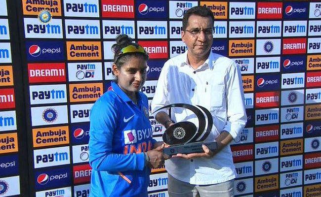 मिताली राज हुई ट्रोल, तो महिला क्रिकेटर ने दे दिया करारा जवाब