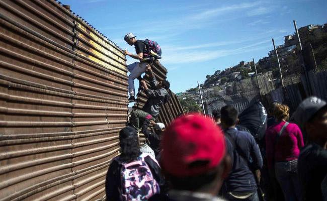 मेक्सिको से 311 भारतीयों की हुई घर वापसी, अमेरिका में गये थे घुसने, एजेंट को दिये थे 30 लाख
