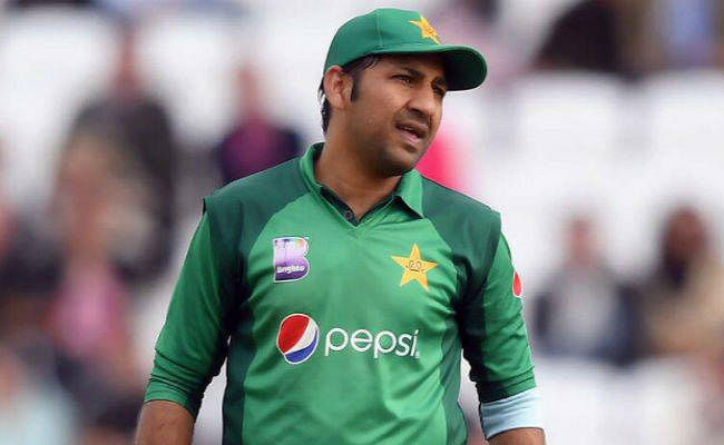पाक क्रिकेटर सरफराज के पास सम्मानजनक तरीके से पद छोड़ने का था मौका