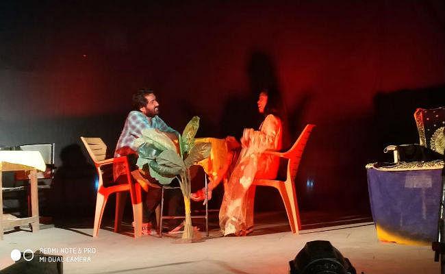 रांची में मंटो की कहानी पर आधारित ''बादशाहत का खात्मा'' नाटक का किया गया मंचन