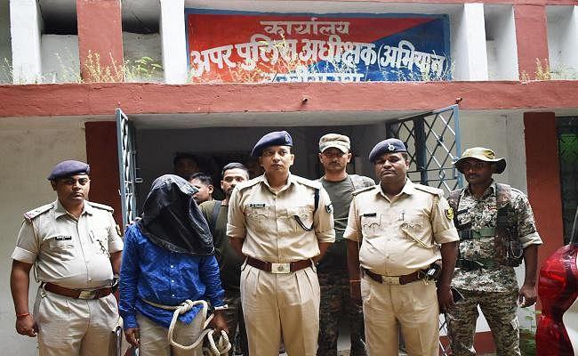 बिहार : पटना स्टेशन से चानन का हार्डकोर नक्सली ललन गिरफ्तार