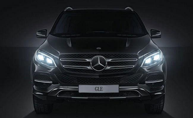 Mercedes Benz ने नयी GLE SUV के लिए बुकिंग शुरू की