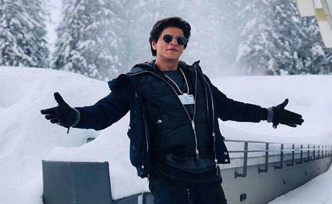#HappyBirthdayShahRukhKhan : 54 के हुए शाहरुख खान, जन्मदिन पर जानिए 10 खास बातें
