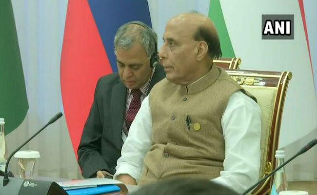 ताशकंद: SCO की बैठक में बोले रक्षामंत्री -मौजूदा अंतर्राष्ट्रीय कानूनों का आतंक के खिलाफ हो इस्तेमाल