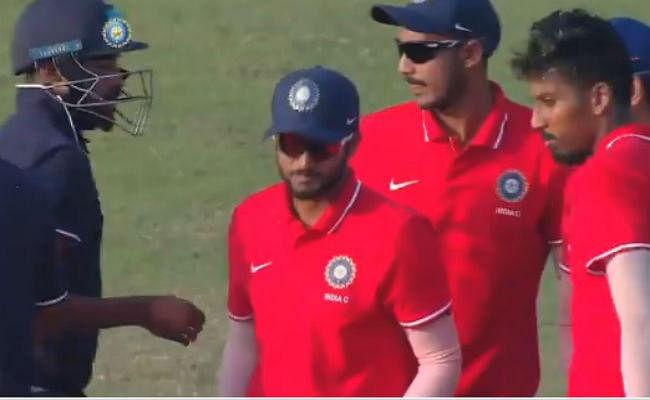 देवधर ट्रॉफी : अक्षर पटेल की विस्फोटक पारी के दम पर इंडिया सी ने इंडिया बी को 136 रन से रौंदा