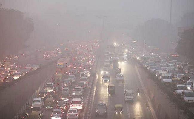 दिल्ली के हालात पर हरकत में पीएमओ, कहा- प्रदूषण से निपटने के लिए दीर्घकालिक स्थायी उपाय किए जाएंगे