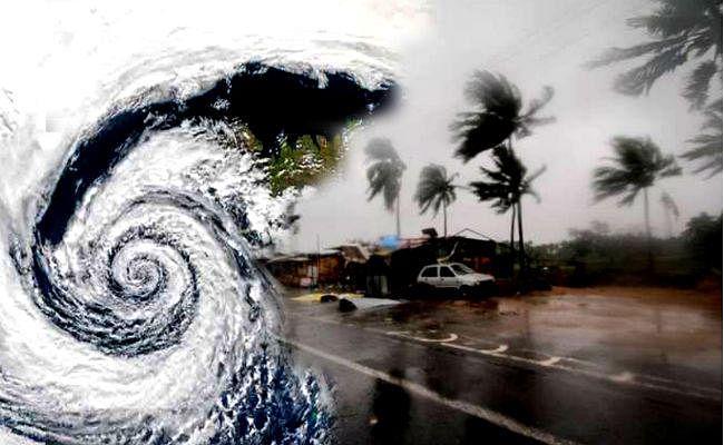 पारादीप (ओड़िशा) से 814 किमी दूर पहुंचा चक्रवाती तूफान ''बुलबुल', अरब सागर में और भी विकराल हुआ ''महा''