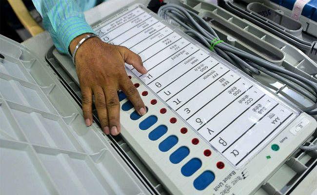 पलामू के पांच विधानसभा सीटों पर एक ने किया नामांकन, 22 ने खरीदा नामांकन पत्र