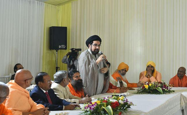 अयोध्या फैसला : NSA अजीत डोभाल ने की हिंदू-मुस्लिम धर्मगुरुओं के साथ बैठक
