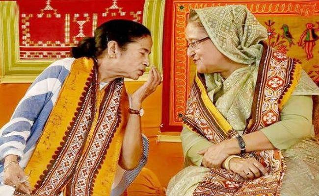 ममता बनर्जी के साथ बांग्लादेश की प्रधानमंत्री  हसीना ले सकती हैं भारत के पहले डे-नाइट  टेस्ट का आनंद