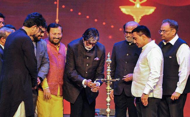 IFFI 2019: अमिताभ बच्चन बोले- देवियों और सज्जनों! उतार-चढ़ाव के हर दौर में समर्थन के लिए शुक्रिया