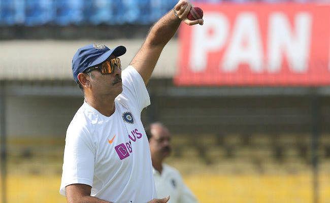 INDvsBAN: गुलाबी गेंद पर बोले रवि शास्त्री- कई सवालों के जवाब अभी मिलने बाकी...