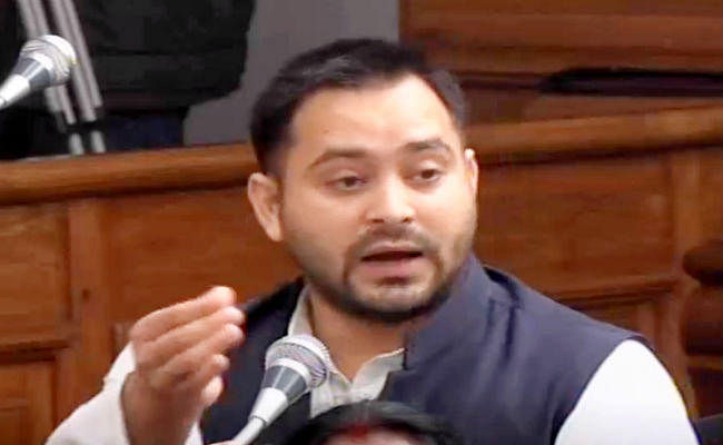 शीतकालीन सत्र का दूसरा दिन : कांग्रेस नेताओं पर लाठीचार्ज का मामला सदन में उठा, तेजस्वी बोले...