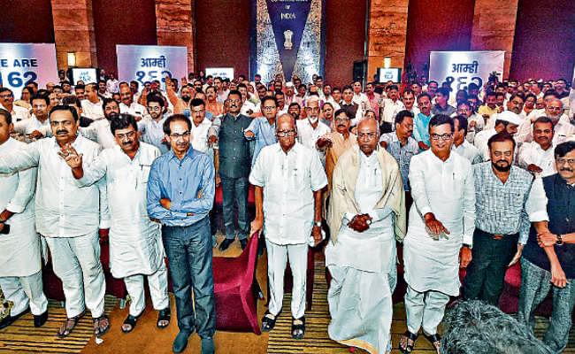 महाराष्ट्र का 'महाभारत' : सियासी पवार, अजीत पर संशय, सुप्रीम कोर्ट का फैसला आज