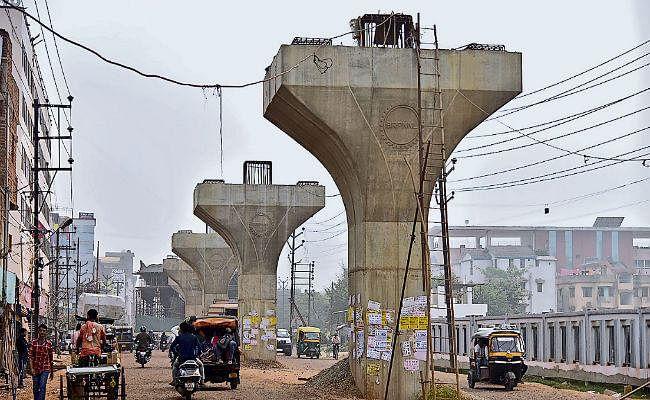 ऑक्सीजन की कमी का दिख रहा परियोजनाओं पर असर, इस साल चालू नहीं होगा मीठापुर बस स्टैंड का फ्लाइओवर