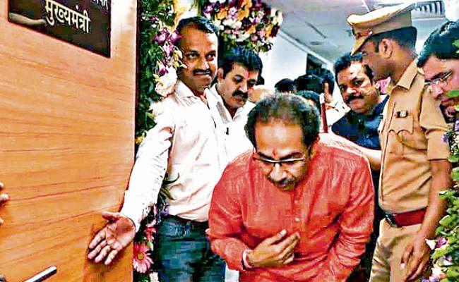 महाराष्ट्र : आज ठाकरे सरकार का फ्लोर टेस्ट, उद्धव ने कहा- सीएम पद ठुकरा देता, तो नालायक कहलाता