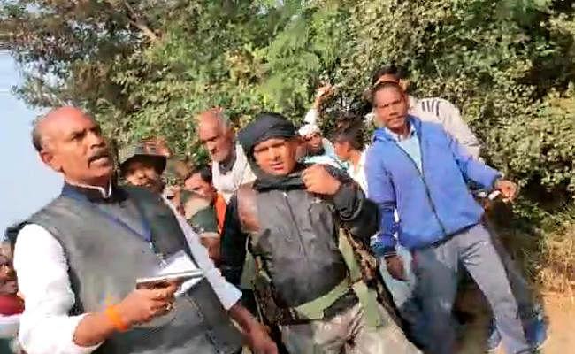 कांग्रेस प्रत्याशी केएन त्रिपाठी के पिस्तौल लहराने के मामले का हो स्पीडी ट्रायल, भाजपा की मांग, See Video