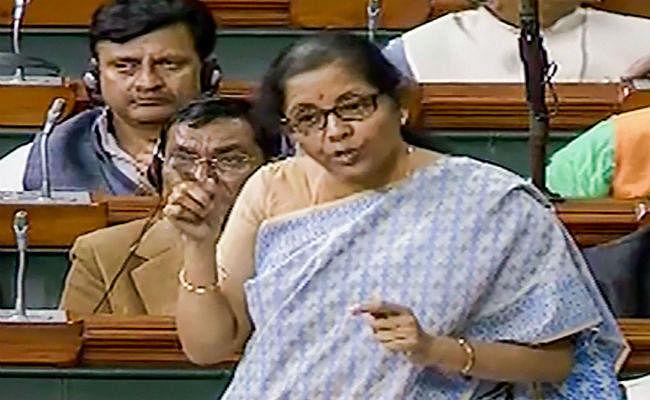 वित्त मंत्री निर्मला सीतारमण ने लोकसभा में दिया जवाब, नवंबर तक पांच फीसदी बढ़ा डायरेक्ट टैक्स कलेक्शन
